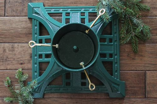 John Wright 061700 Green Heirloom Tree Stand