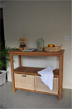 Anderson Teak SPA-4720 Towel Console w/ 2 Shelves Table