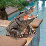 Snapping Swamp Gator Statue By Design Toscano