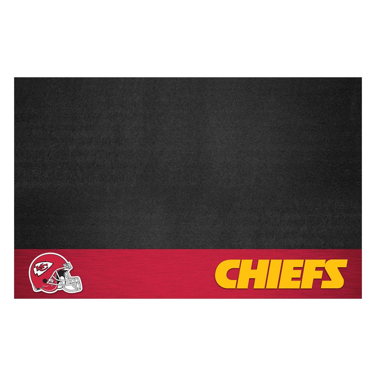 """NFL - Kansas City Chiefs Grill Mat 26"""" x 42"""""""