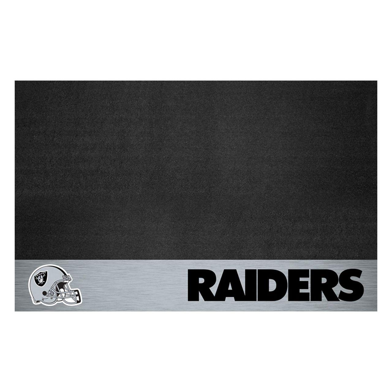 """NFL - Oakland Raiders Grill Mat 26"""" x 42"""""""
