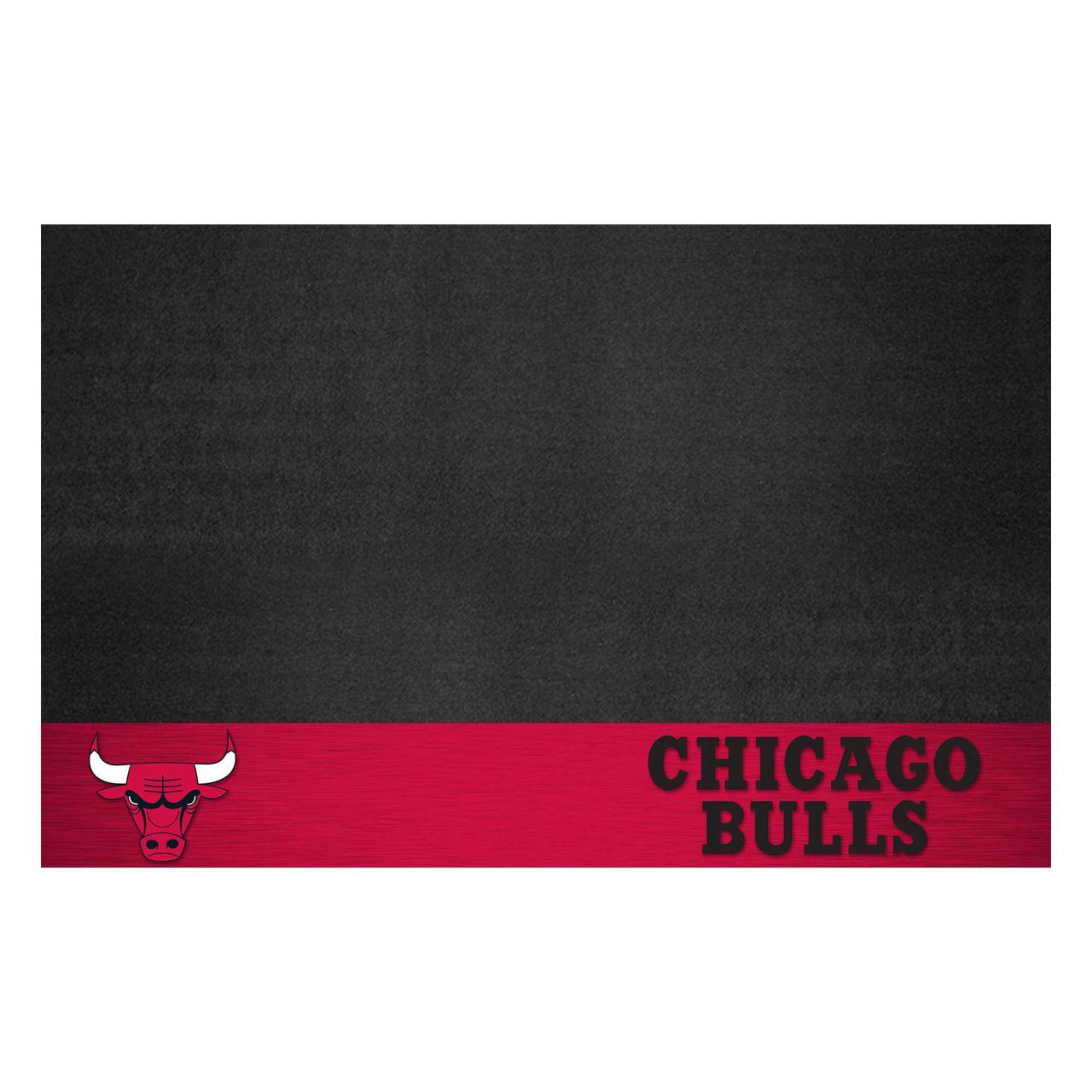 """Fanmats 14199 NBA - Chicago Bulls Grill Mat 26""""x42"""""""