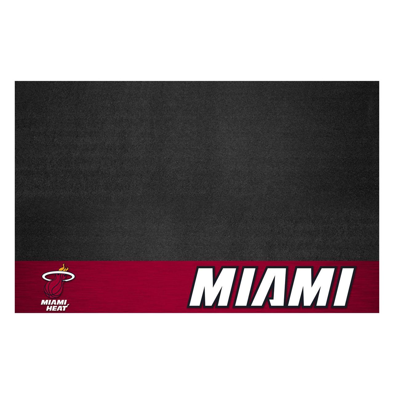 """Fanmats 14210 NBA - Miami Heat Grill Mat 26""""x42"""""""